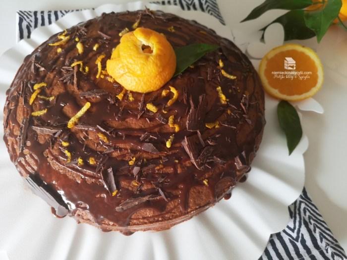 ciasto czekoladowo-pomarańczowe, ciasto czekoladowe z pomarańczą, ciasto czekoladowe z kremem czekoladowo-pomarańczowym, placek czekoladowo-pomarańczowy, szybki przepis ciasto czekoladowe, ciasto z pomarańczą, ciasto pomarańczowe, czekolada i pomarańcza, deser czekoladowy z pomarańczą, ciasto czekoladowe z kremem pomarańczowym, prosty przepis, przepis czekolada pomarańcza,krem czekoladowo-pomarańczowy, krem czekoladowy, krem pomarańczowy, krem czekoladowy z pomarańczą, budyń czekoladowo-pomarańczowy, pudding czekoladowo-pomarańczowy, budyń czekoladowy z pomarańczą, pudding czekoladowy z pomarańczą, crema pasticciera z czekoladą, krem z czekolady i pomarańczy, szybki krem czekoladowy, szybki budyń czekoladowy, szybki pudding czekoladowy, szybki krem czekoladowo-pomarańczowy, szybki pudding czekoladowo-pomarańczowy, szybki budyń czekoladowo-pomarańczowy, nadzienie czekoladowe do babeczek, nadzienie czekoloadowo-pomarańczowe do babeczek, nadzienie czekoladowe do tortu, nadzienie czekoladowo-pomarańczowe do tortu, nadzienie do crostaty, sycylijska crostata, crostata z kremem czekoladowym, crostata z kremem czekoladowo-pomarańczowym, ciasto sycylijskie, krem sycylijski, krem z pomarańczą