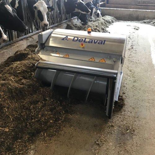 Futterschieber im Einsatz, Nierswalder Milch KG