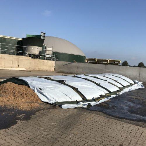 Das Lager für den Aushub aus dem Fermenter ist wieder sauber (Misteplatte). Fermentersanierung August 2019, Nierswalder Biogasanlage.