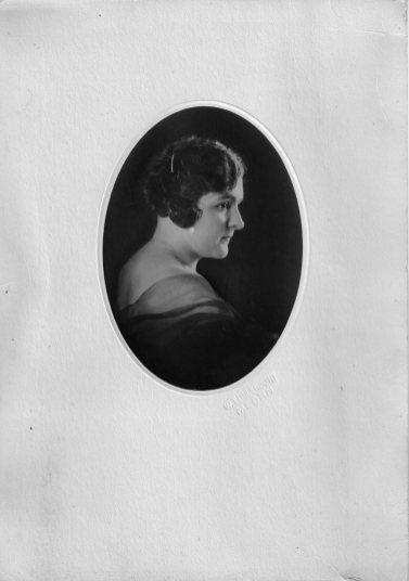 Portret van Oma Stijn