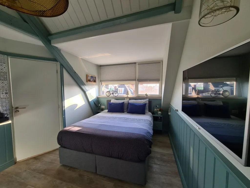 Overnachten Delftsblauwe kamer van b&b bij Jeanne