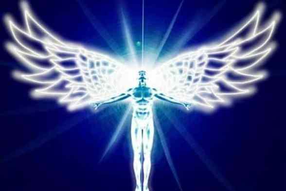 Nieuwetijdskind.com menselijke engel 490x329 Meestergetallen, drievoudige en dubbele getallen van de Engelen Doreen Virtue