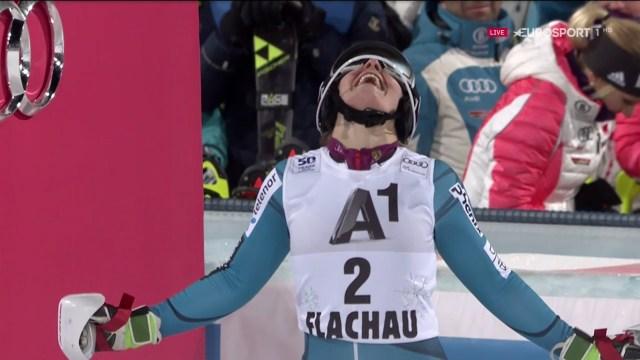 La alegría le duró poco a Nina Loeseth tras marcar el mejor tiempo. Pero se consoló con la segunda plaza FOTO: Eurosport