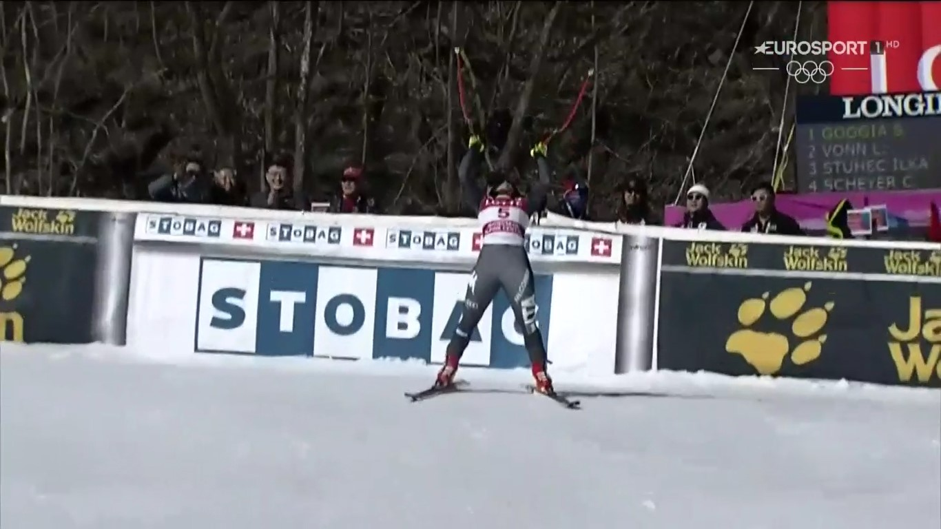 Sofia Goggia, radiante tras comprobar que ha sido la más rápida en el descenso de Jeongseong, que supone su primera victoria en la Copa del Mundo FOTO: Eurosport