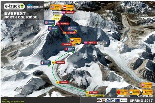 Gran proeza la de Jornet al coronar el Everest tras 26 horas de dura ascensión en solitario y sin oxigeno embotellado