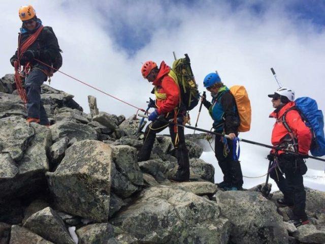 Imagen de la subida a la cumbre más alta escandinava, Galdhøpiggen (2.469 m)