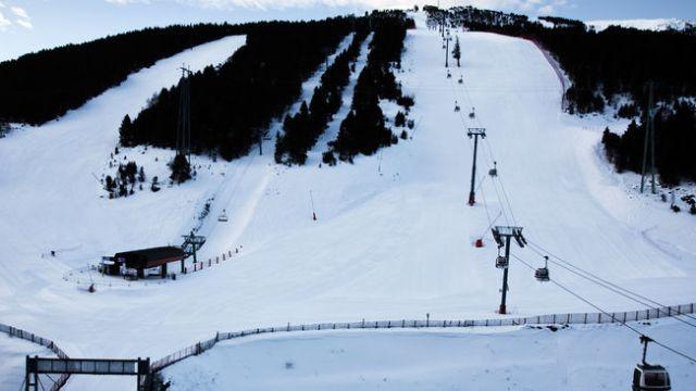 La pista Avet se amplía para poder acoger Slalom y gigante simultáneamente