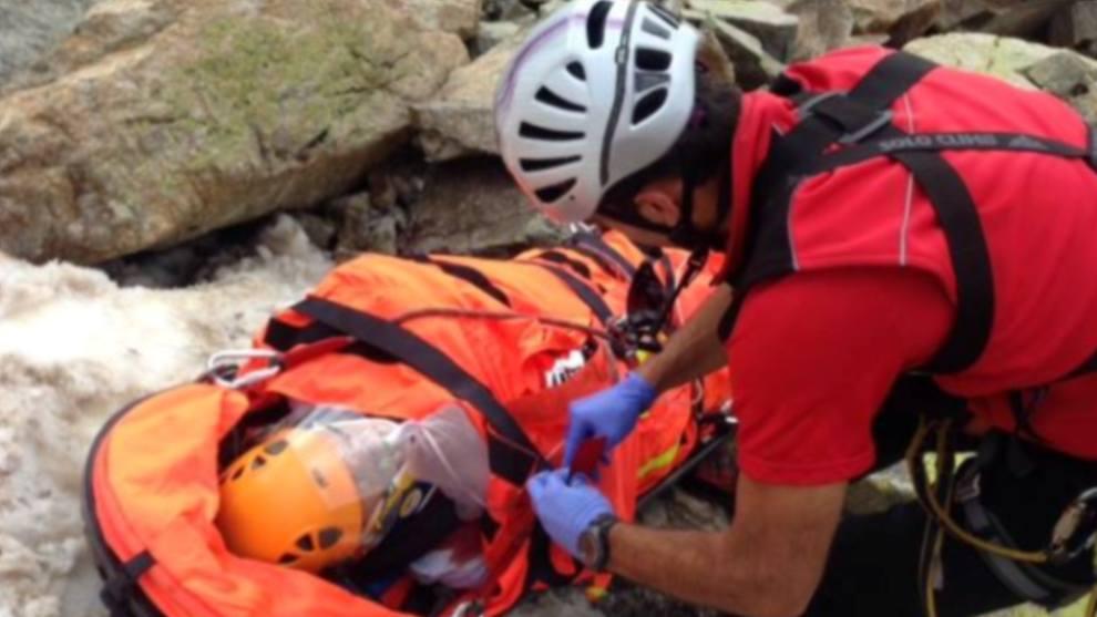 El cuerpo de bomberos ha llevado a cabo este verano 93 rescates de montaña