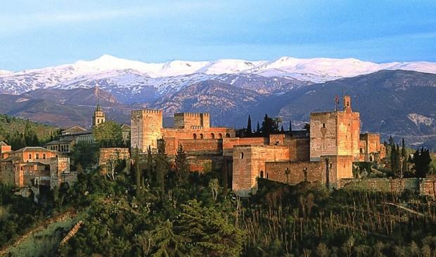 Granada y EasyJet aúnan esfuerzos