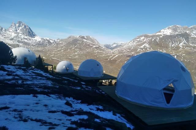 Los novedosos domos de Formigal permitirán dormir en las pistas y ser el primero en dejar las huellas sobre la nieve