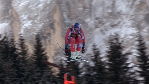 En su sexta carrera del año, Aksel Lund Svindal ha conseguido su segunda victoria. Ha sido en el descenso de Val Gardena, en la siempre exigente Saslong