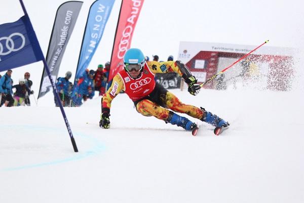 Tercera victoria de la temporada para Alex Puente. Esta vez en el slalom FIS de Gstaad FOTO: Toni Grases @photoset