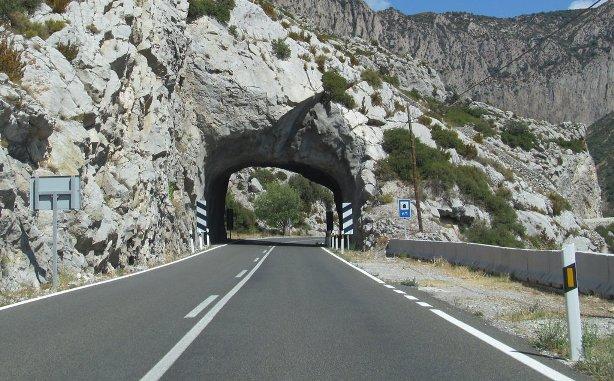 Las mejoras se llevarán a cabo en 40 Km, con tramos con un tercer carril, túneles y viaductos