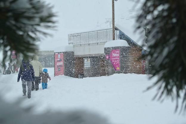 La nieve llega también a Piy Engaly