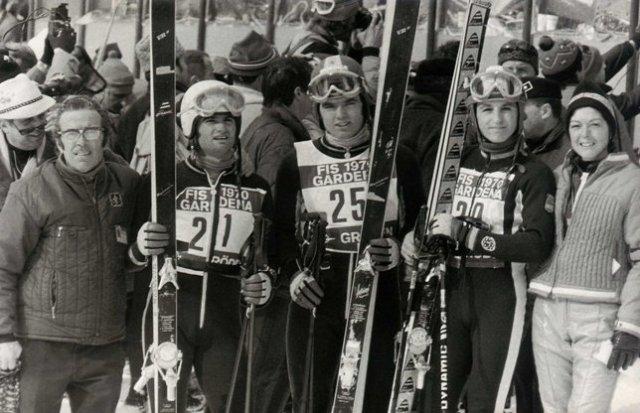 Val Gardena 1970. Campeonato del Mundo. Antonio Campañá padre, Aurelio Garcia, Antoni Campañá, Paquito F. Ochoa y una jovencísima Margarita Campañá.