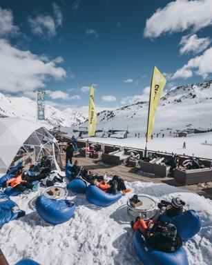 El après-ski compartirá cartel con la nieve hasta final de temporada