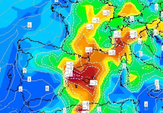 En las zonas donde haya lluvia habrá un notable descenso del termómetro