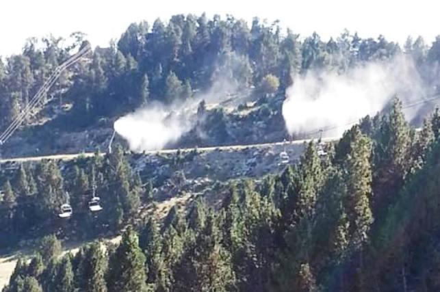 Las pistas de Les Neiges Catalanes comienzan a probar los cañones de nieve