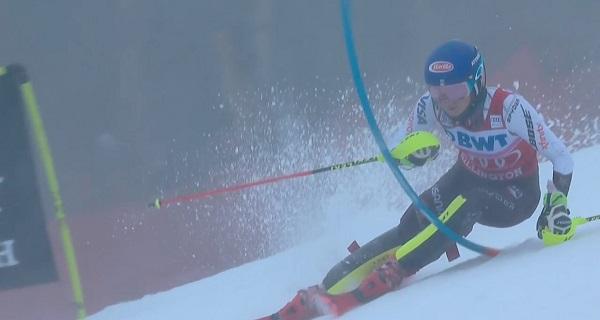 Las condiciones climatológicas y de la pista no han sido obstáculo para que Shiffrin reine por tercer año consecutivo en el slalom de Killington