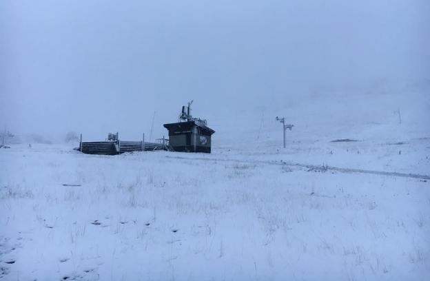 La estación aragonesa ha recibido las primeras nieves