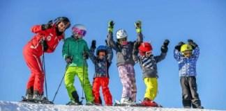 Suiza regalará más de 12.000 forfaits semanales de esquí a menores de 13 años para poder esquiar en 45 estaciones de esquí helvéticas