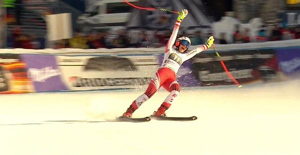 Stephanie Venier da rienda suelta a su alegría tras marcar el mejor tiempo.