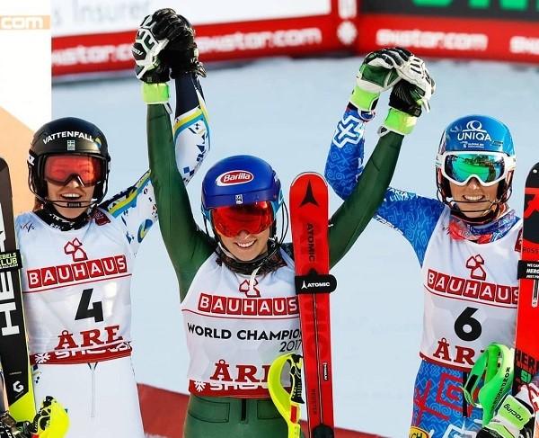 Un podio histórico con una cuádruple campeona del mundo de slalom.