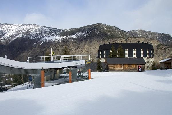 Una avería en el telesilla La Roca ha impedido este fin de semana la apertura de Espot Esquí.