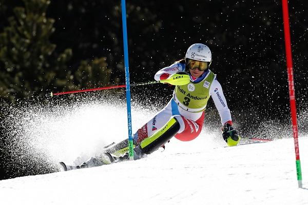 Wendy Holdener sigue buscando con ahínco su primera victoria en un slalom de la Copa del Mundo, donde acumula 22 podios. FOTO: Alexis Boichard Agence Zoom.