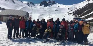El grupo en las pistas de San Isidro