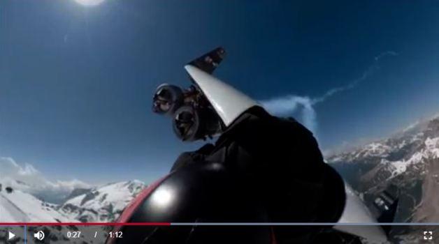 El hombre avión sobrevoló las Dolomitas el 15 de junio