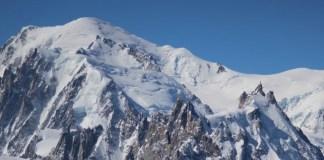 """Eric Fournier, el alcalde de Chamonix-Mont-Blanc, dijo que el """"comportamiento inédito"""" de los montañeros """"es estrictamente inadmisible"""""""