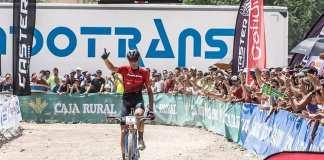 El ciclista granadino en la meta