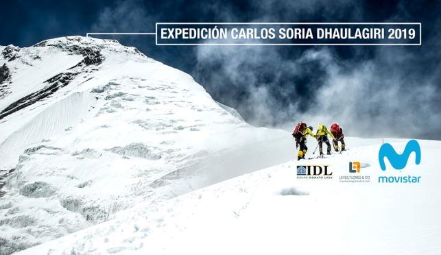 El abulense de 80 años parte a la séptima cima más alta del planeta