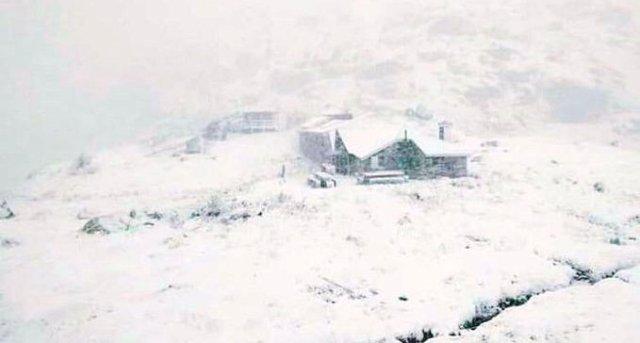 Refugio Juclar (Andorra)