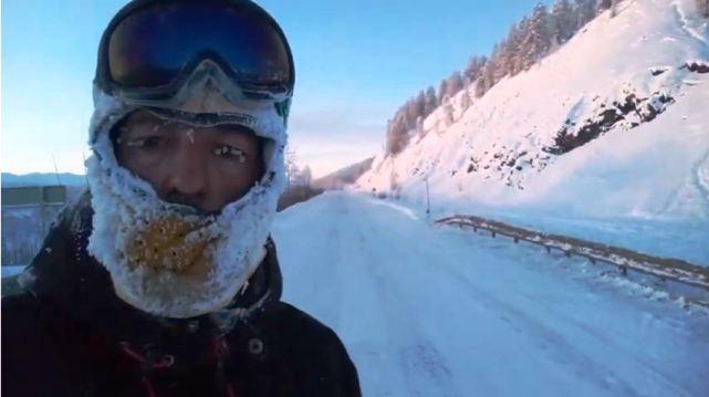 El conserje de un colegio zaragozano durante su intento de cruzar la Siberia el año pasado