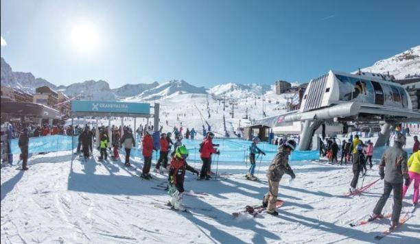 Hasta 19 mil esquiadores visitaron el sábado Grandvalira