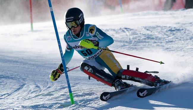 El deportista de la RFEDI Juan del Campo en acción