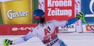 Petra Vlhova exultante tras repetir victoria en Flachau.
