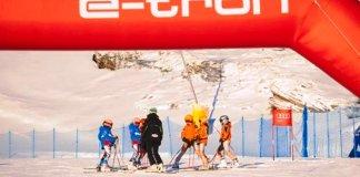 Tanto los jóvenes esquiadores y esquiadoras como sus familiares y entrenadores pudieron gozar de una gran jornada