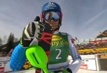 Petra Vlhova sufre una lesión de rodilla y los médicos le han recomendado pararquince días.