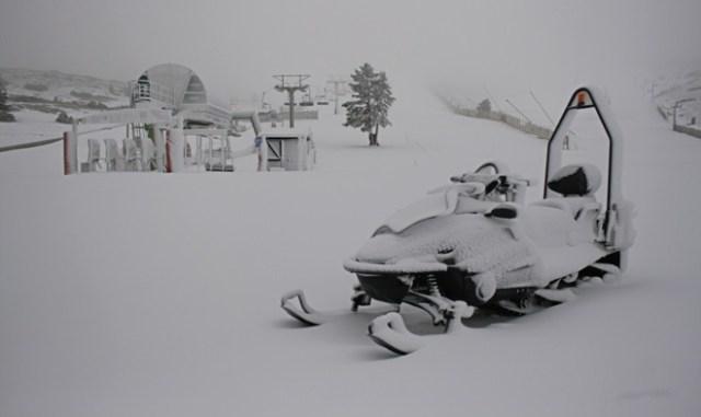 La nieve llega a las estaciones turolenses