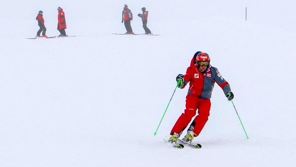 El contagiado no ha podido integrarse al equipo y sus compañeros pueden seguir entrenando en el glaciar Kaunertal. FOTO: ÖSV