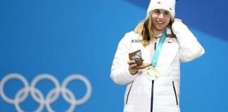 Ester Ledecka en lo más alto del podio del super G de Pyeonchang. FOTO: Instagram E.L.