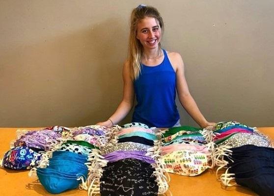 Su familia transformó la empresa de ropa infantil para fabricar y donar tres mil mascarillas. FOTO: Instagram A.P.