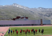 Quince integrantes de los equipos RFEDI ya están preparando la temporada en Sierra Nevada. FOTO: RFEDI