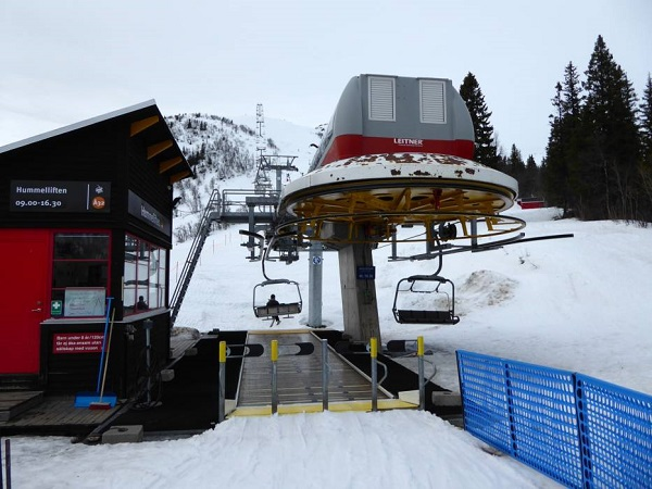 Las estaciones de esquí de Suecia permanecieron abiertas y fueron un importante foco de contagio.