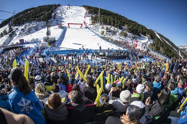 El esquí y los deportes de invierno supone un alto porcentaje del turismo de Andorra. Afrontar la mejor manera de encarar la temporada a nivel sanitario es el desafío de las autoridades de Andorra.