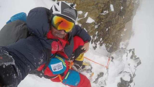Una imagen del alpinista durante el proyecto 14 x 1000