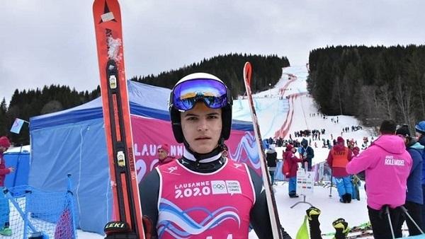 Su hermano mayor, Tvrtko, también tiene futuro en el esquí alpino. Acabó quinto en el slalom de los Juegos de Invierno de la Juventud. FOTO sport.hrt.hr